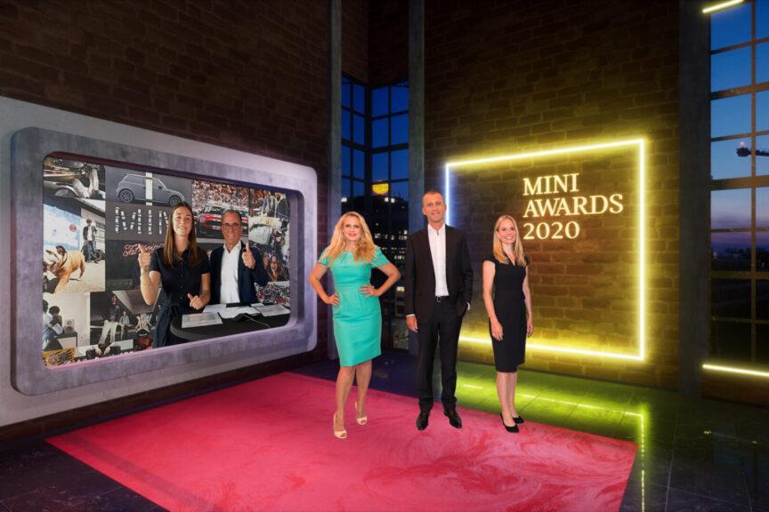 Showbühne mit Barbara Schöneberger, Christian Ach und Ulrike von Mirbach, die den eingeblendeten Carolin Bohnhorst und Gerd Boomers Glückwünsche aussprechen.